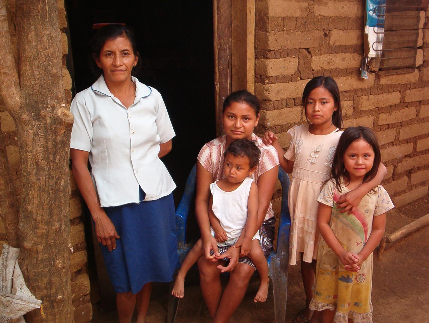 Salvadoran Family 2007