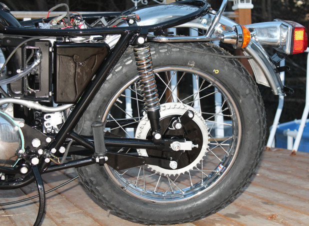 1973-triumph-bonneville-motorcycle-rebuild