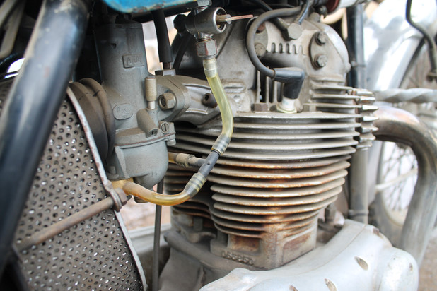1973-850-norton-commando-motorcycle-engine-cleaning-and-rebuild
