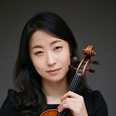 Ye-jin Han 10.jpg