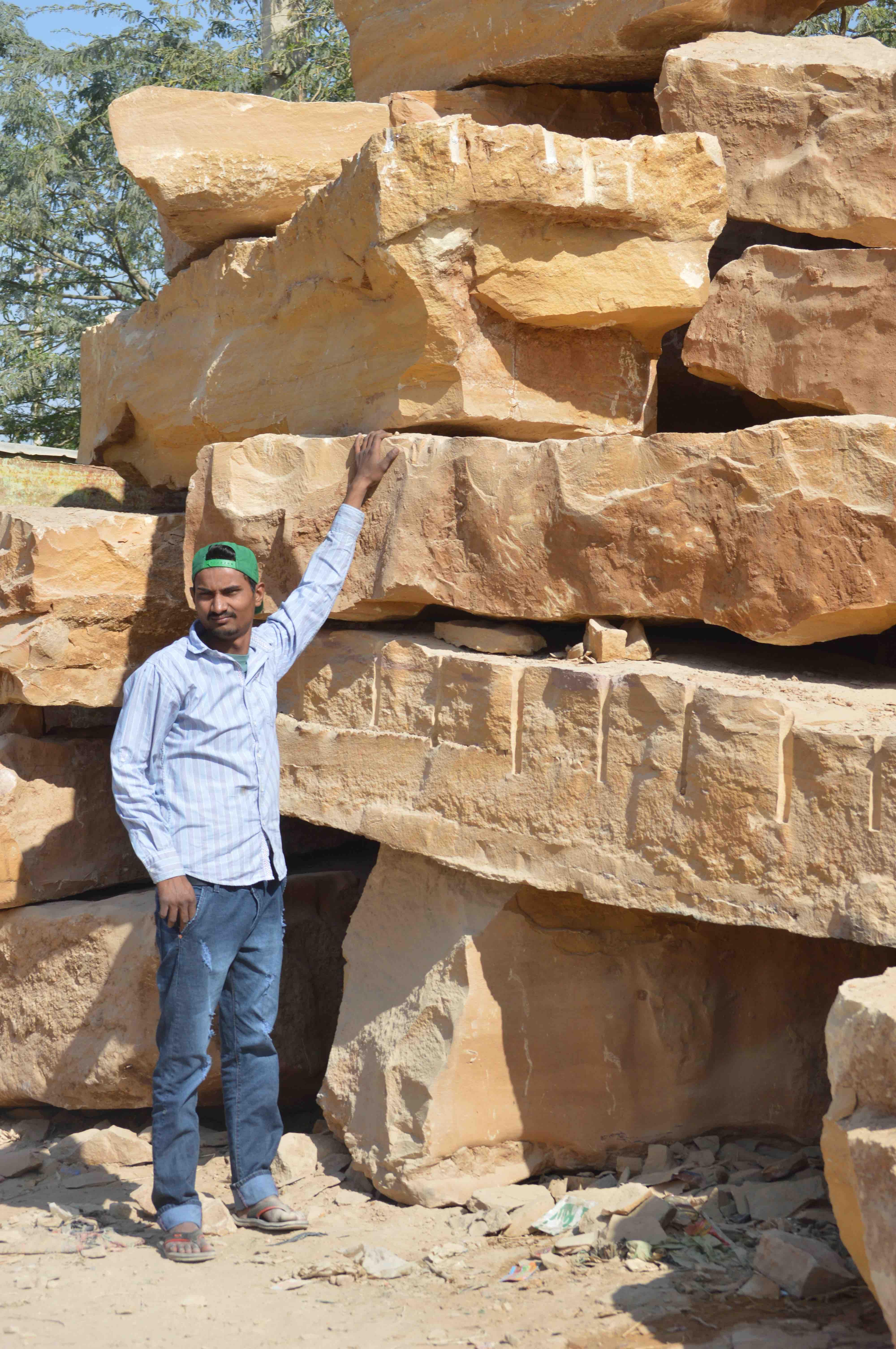 00b.JSM Golden Stone_0127sm