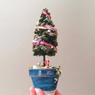 ジオラマクリスマスツリーづくり
