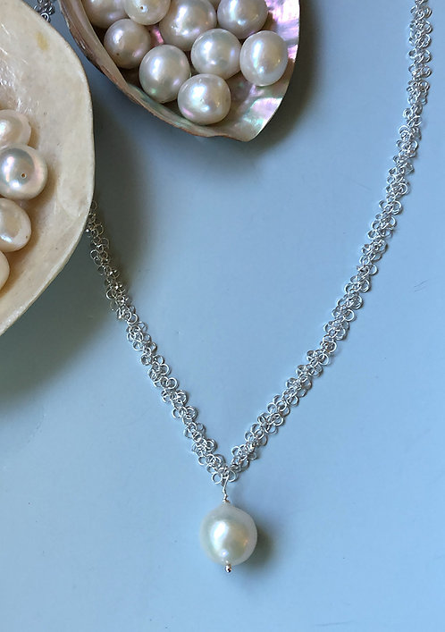Sterling silver textured chain w/ 15 mm Freshwater pearl