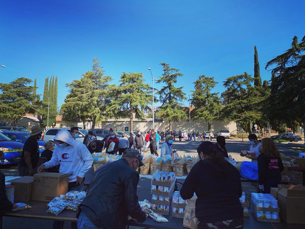 Volunteers come together to feed our communities
