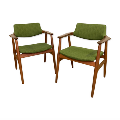 Paire de fauteuils danois GM11 Svend Aage Eriksen