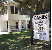 dabbs hotel sign