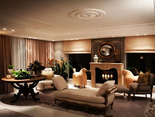 Leechi Designs   Luxe lounge Rug