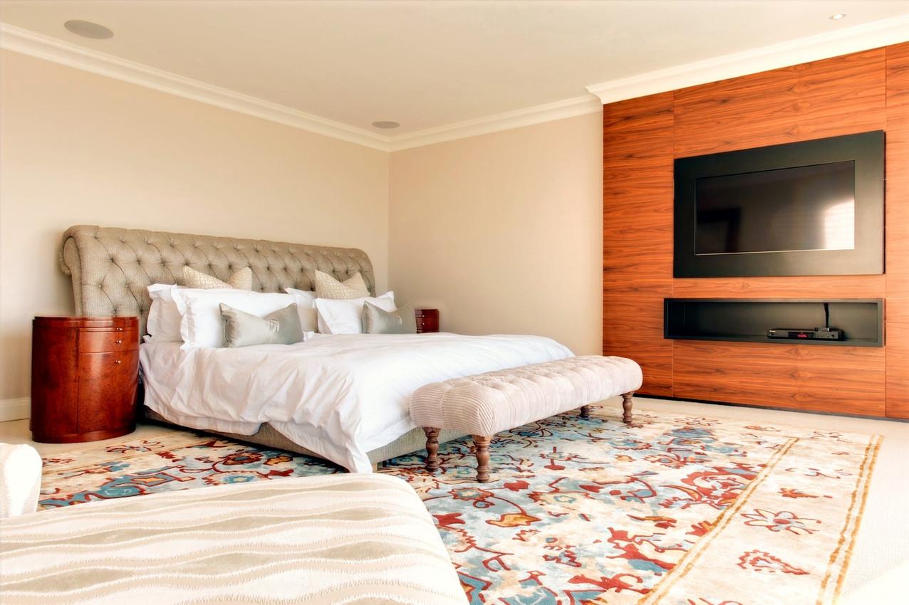 Leechi Designs | Sunset Bedroom Rug