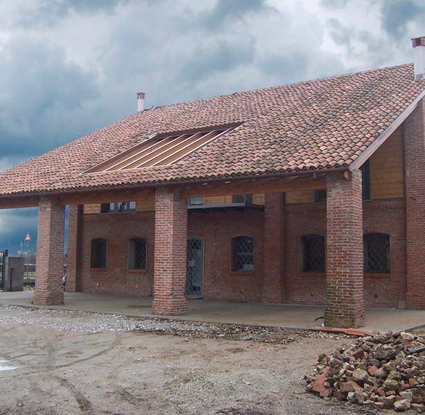 RURAL HOUSE IN SANNAZZARO