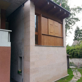 HOUSE IN CUNARDO