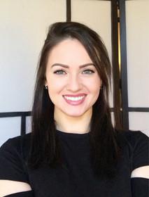 Katie Bloomquist, CST