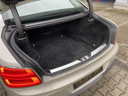 FLYING SPUR EXCLUSIVE BOOT MATS