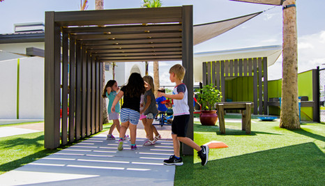 BLOOM PLAYSCAPE