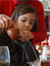 DiscoverCha Children Tea Training_副本.jpg