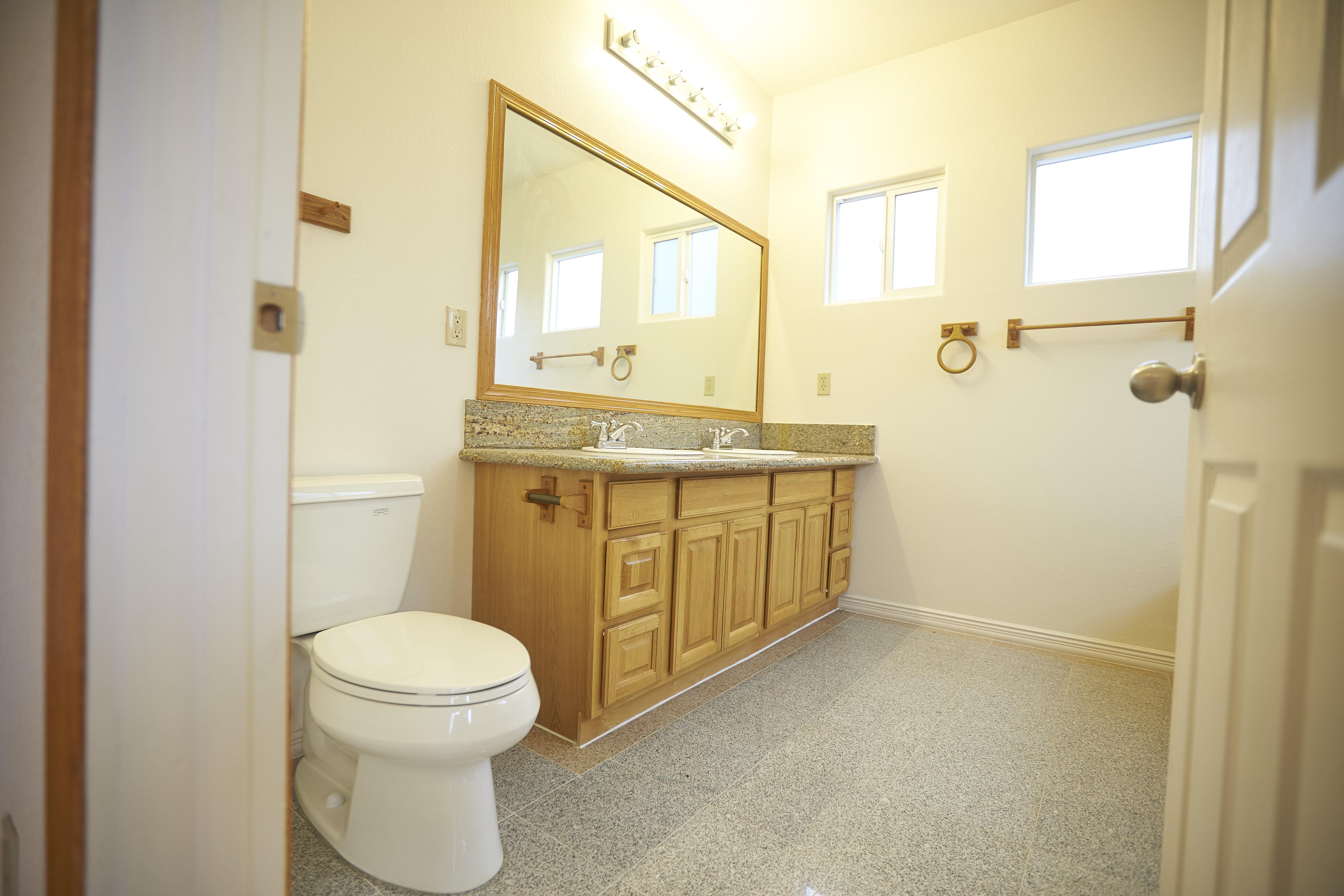 Upstair Master Suite Bathroom