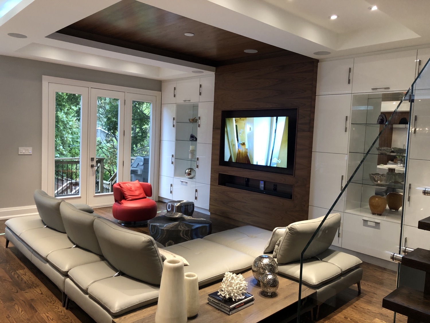 Modern Family Room - 4K LG TV