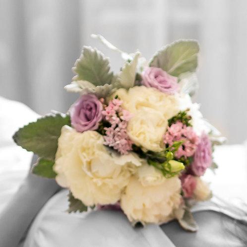 Bouquet Peonías y Bouvardia