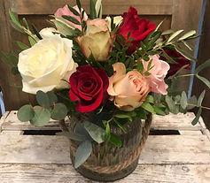 Jarron de rosas variadas San Valentin