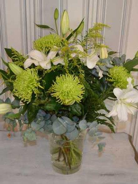 Jarrón de Flores en Tonos Verdes