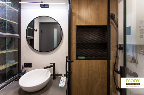 P0001-bathroom2.jpg