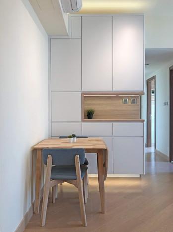 Dinner Cabinet 04.jpg