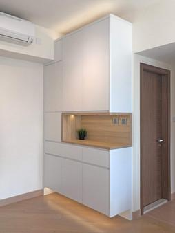 Dinner Cabinet 02.jpg