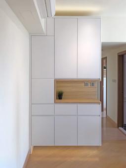 Dinner Cabinet 01.jpg