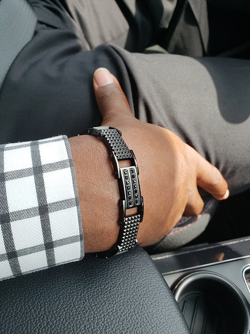 Men's Arm Wear