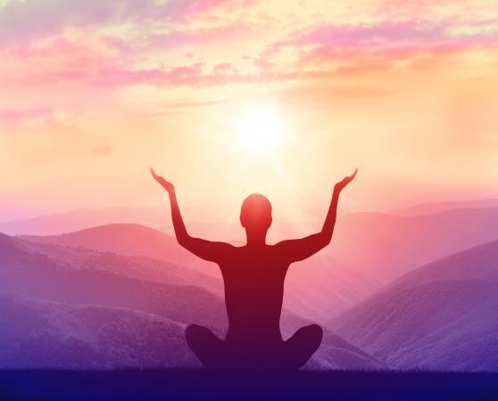202006-558x450-yogasunset.jpg