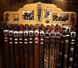 Our costumer favorites! Leather Belts
