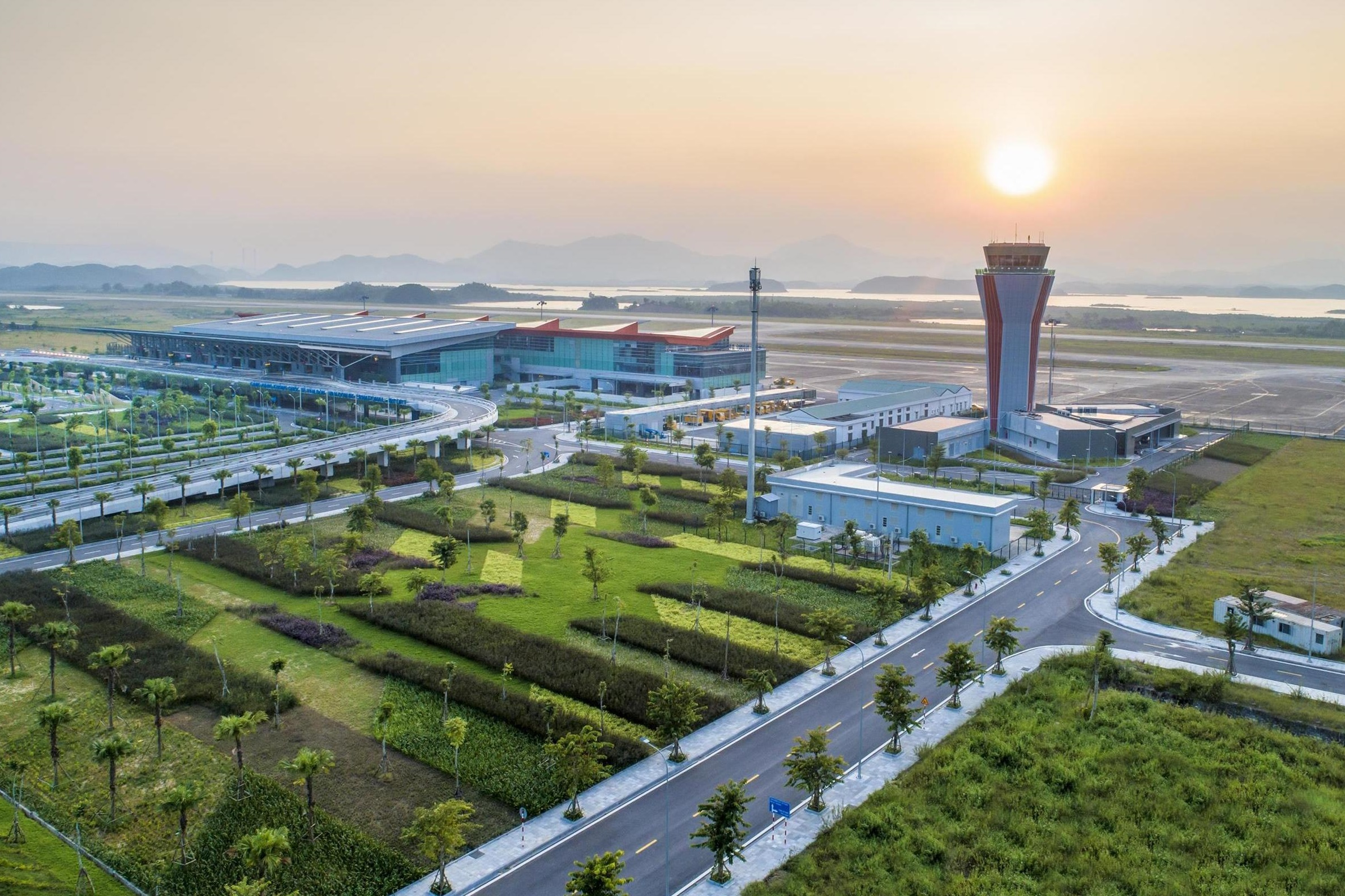 Aéroport international de Vân Đồn