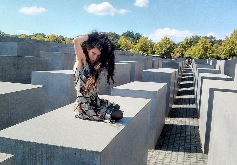 Berlin_lily.jpg