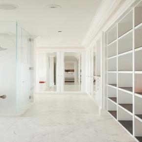 Bath / Closet
