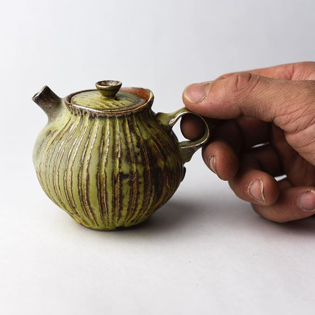 This one one of three teapots that made