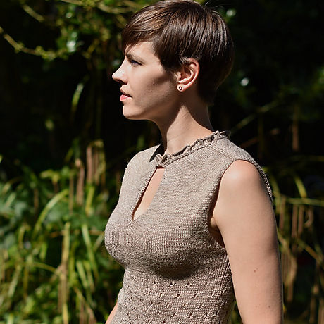 Frilling top by Zanete Knits