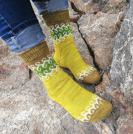Aarnivalkeat socks
