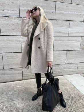 Mantel Cinzia Rocca.jpeg