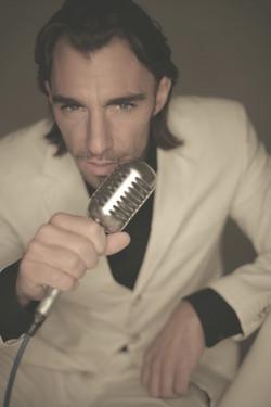 Latino Pop Repertoire Maneri Timo
