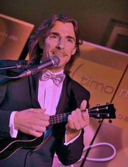 Timo musikalisch in Action beim Firm