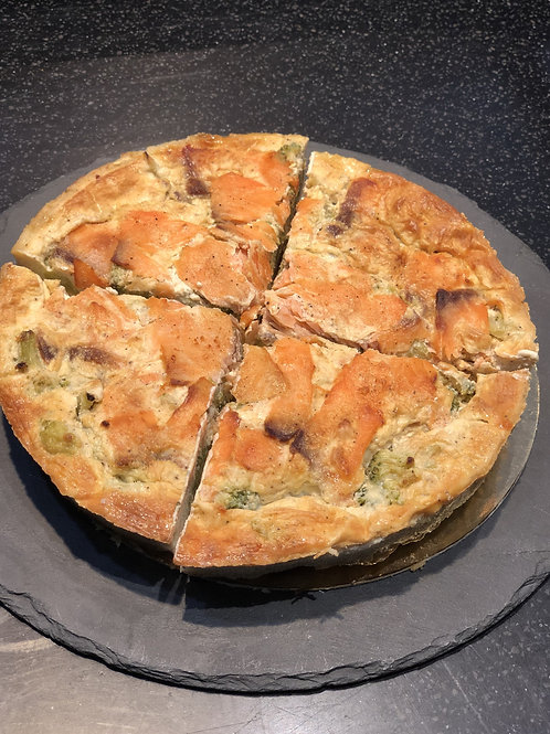 TOURTE SAUMON-BROCOLIS