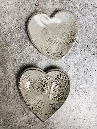peony heart dish
