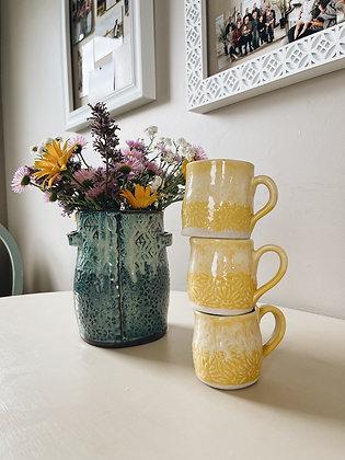 sunshine daisy mini mug