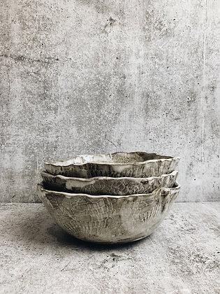 white wash lace bowl