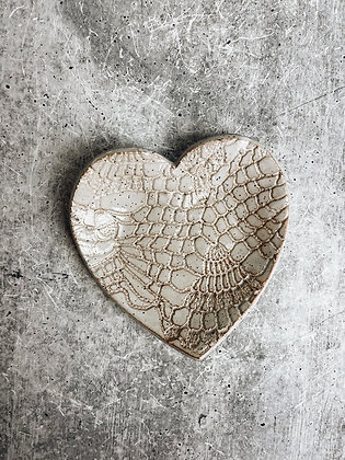 simple speckle heart