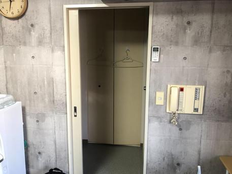 パーソナルトレーニングLOL中崎町の連携ジムの更衣室