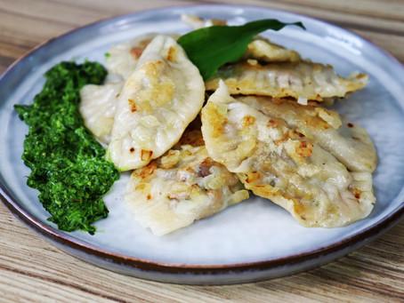 Piroggen mit Pilz-Füllung & Bärlauch-Pesto