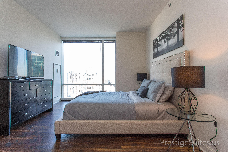Prestige Suites 111 W Wacker 3904_026