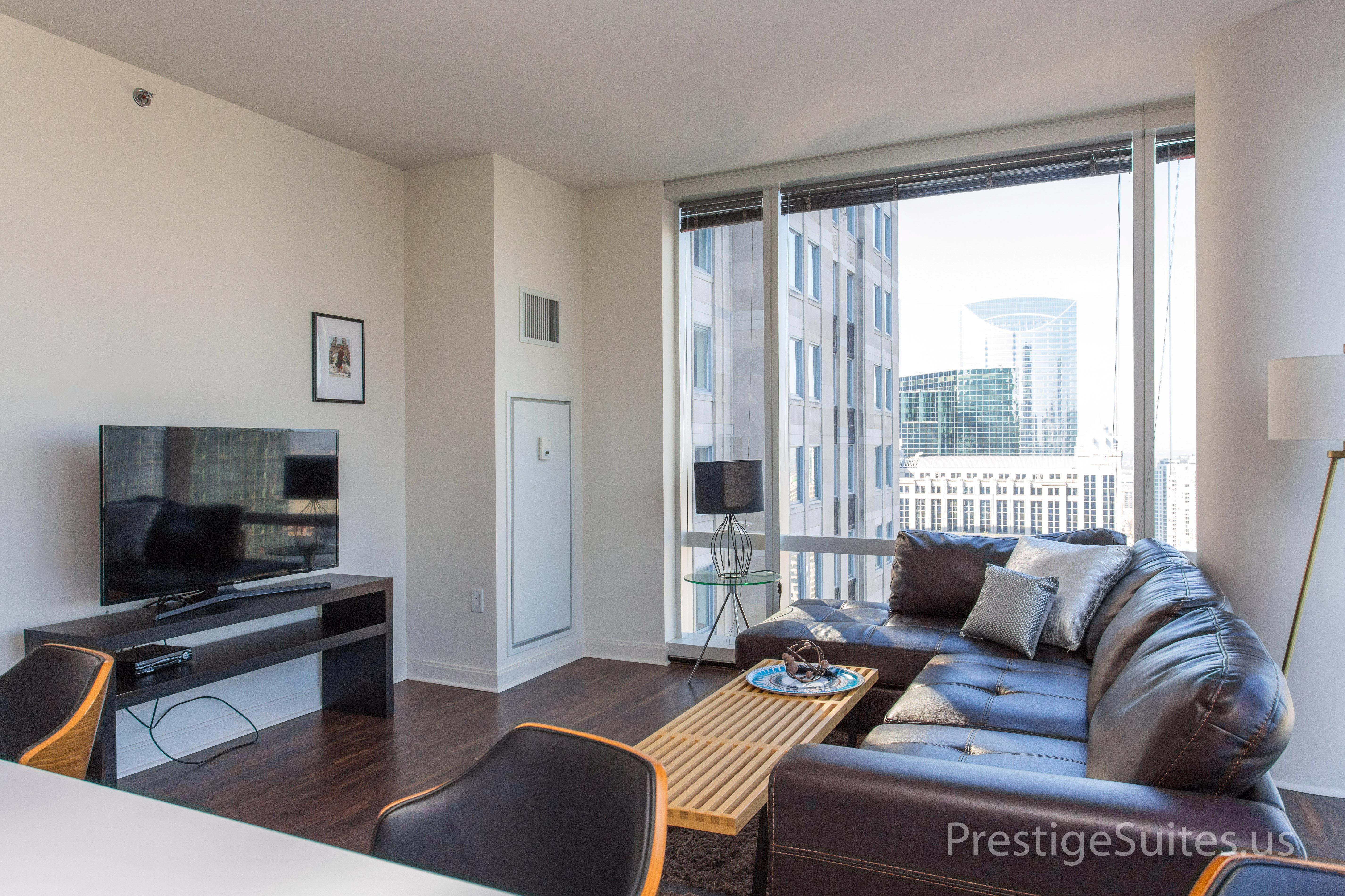 Prestige Suites 111 W Wacker 3904_032