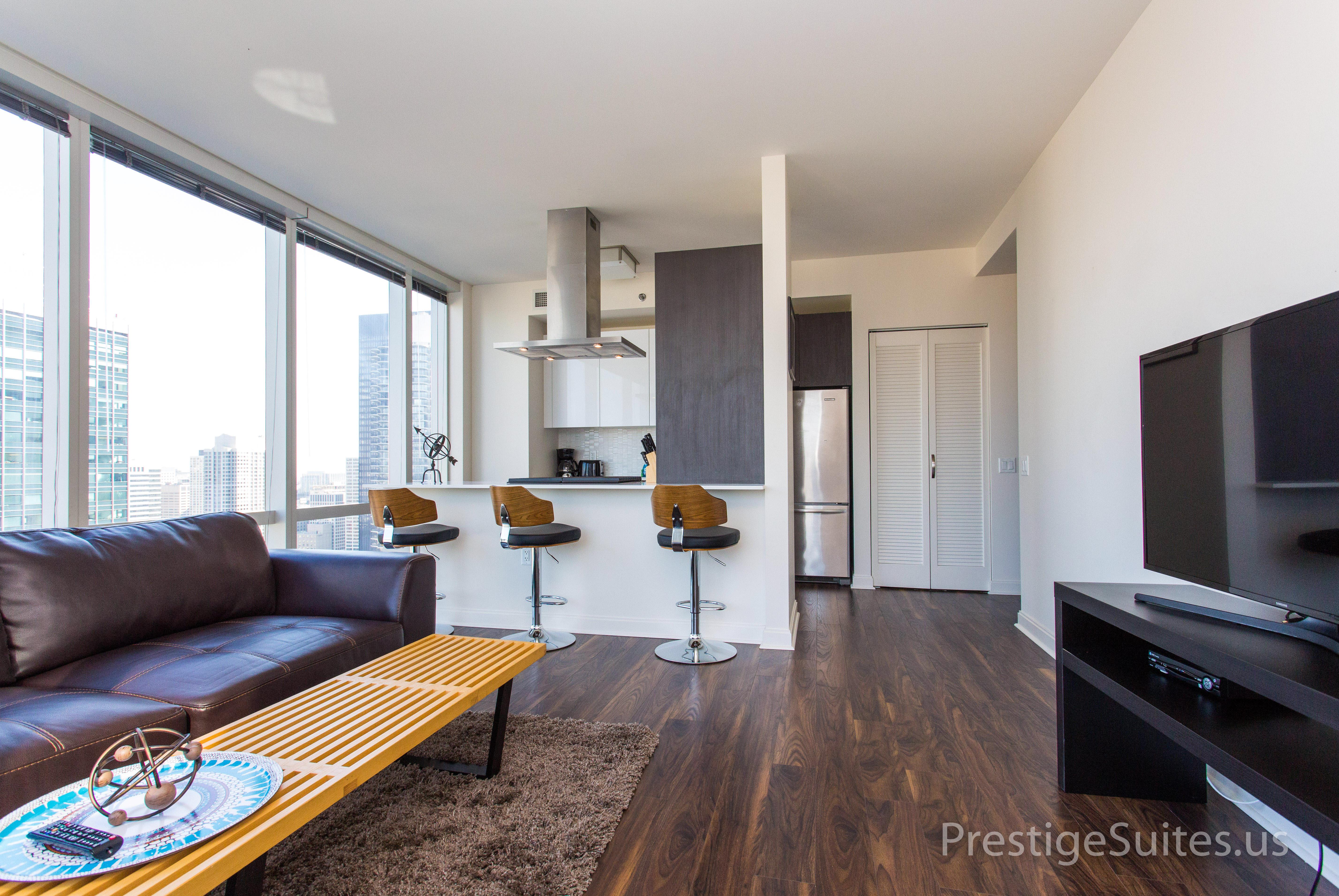 Prestige Suites 111 W Wacker 3904_033