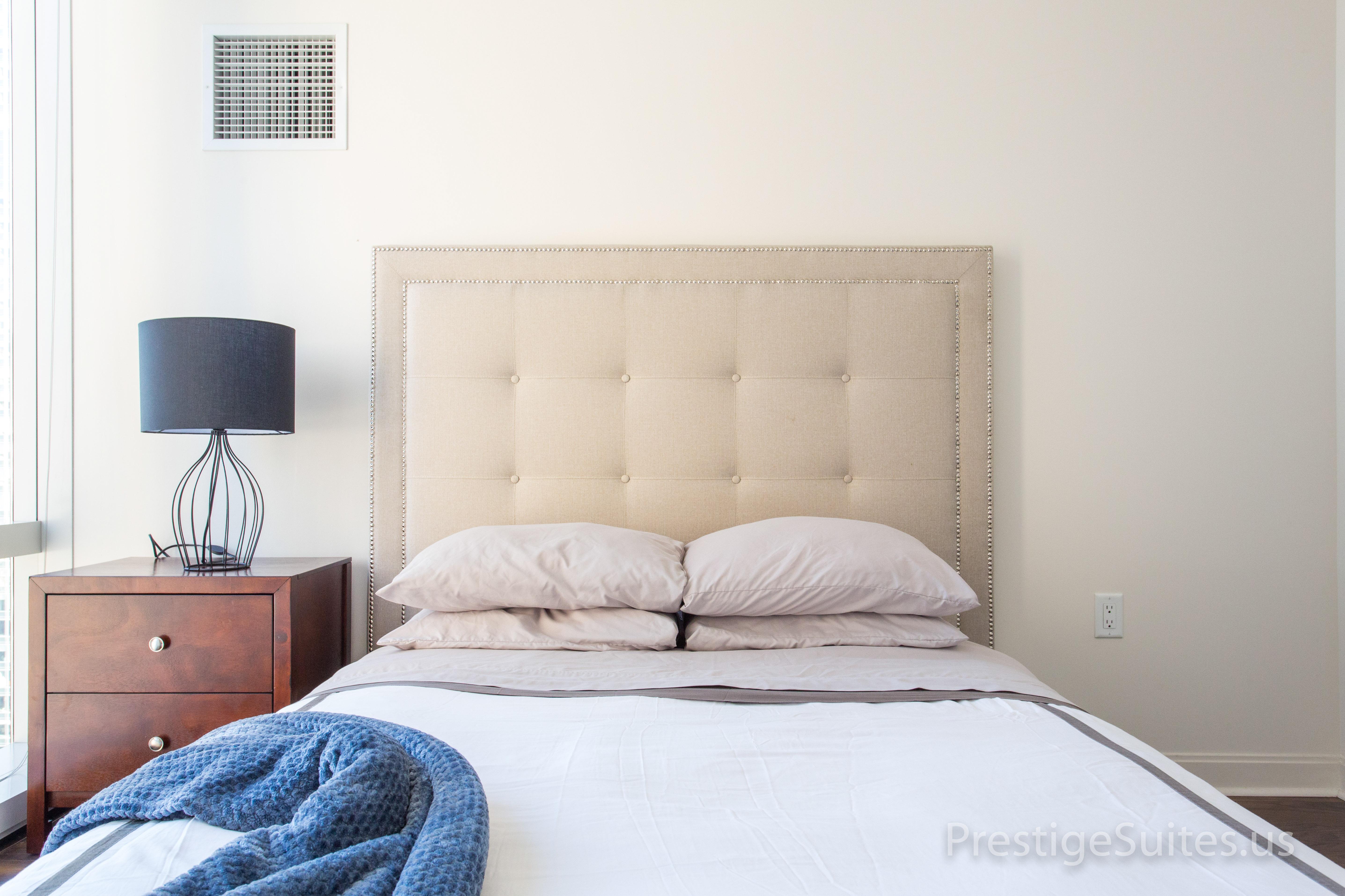 Prestige Suites 111 W Wacker 3904_003